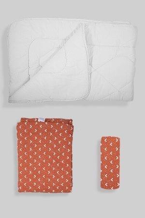 שמיכת פוך לתינוק +ציפה+סדין - בסיס חום בהיר משולשים
